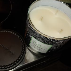 Lemon & sea salt candle